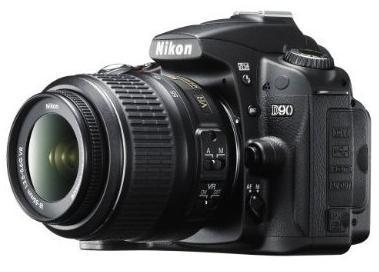 Nikon D90 (côté)