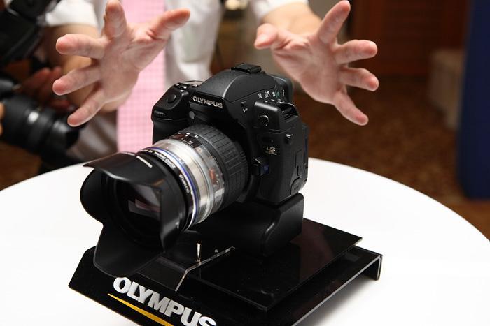 A pro camera at Olympus: E-3